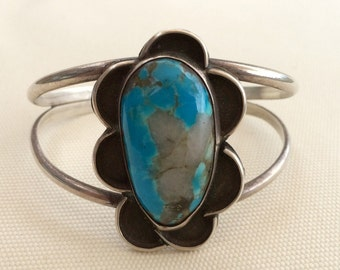 Vintage 1970's Native American flower bracelet with amazing turquoise