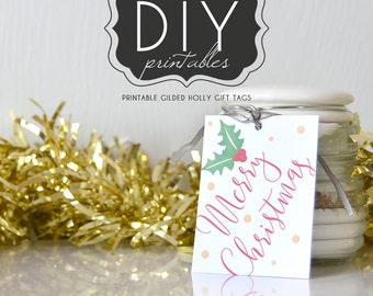 DIY Printable Gilded Holly Tags: Sparkly Merry Chistmas tag with floral adornment and golden flecks, printable PDF design - LRD024DD