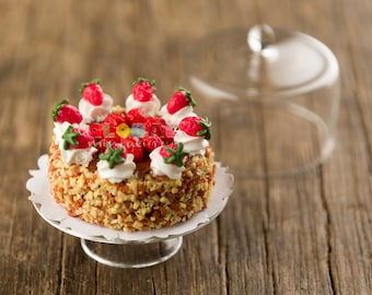 Dollhouse Miniatures Strawberry Cream Cake
