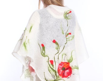White yeanling wool poncho with felted red poppy