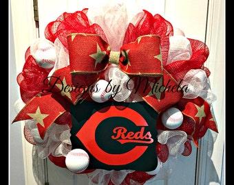 Cincinnati Reds Baseball Wreath BR202