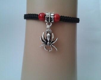 Spider bracelet - spider jewelry - halloween bracelet - halloween jewelry - goth jewelry - arachnid -adjustable bracelet - macrame bracelet