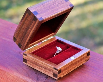 Walnut Ring Box with Custom Engraving