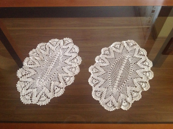 Set of 2 Doily Crochets, Handmade Crochet Doily, Table Decoration, Lace crochet doilies Gift for Mom, Mothers day gift, Coffee Table Setting