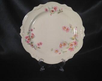 Homer Laughlin Virginia Rose Dinner Plate,Homer Laughlin,Homer Laughlin Virginia Rose,Virginia Rose Pattern dinner plate