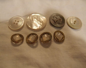 FREE SHIP!  Vintage Mother of Pearl Gold-Toned Buttons (Set of 8) MOP