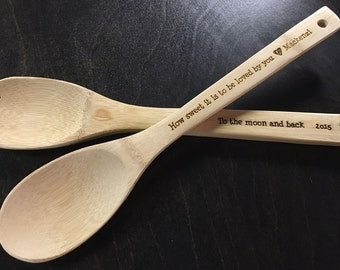 Christmas Gifts for Mom, Christmas Gifts for Her, Christmas Gift for Women, Gifts for Her, Personalized Utensils Wood Engraved - Set of 2
