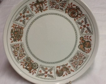 Taylor, Smith & Taylor Provincial Green Dinner Plates
