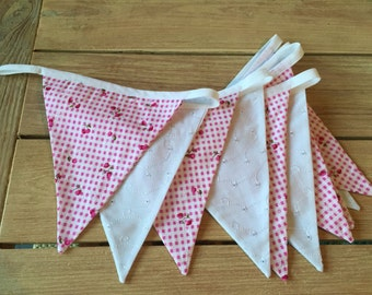 Pretty pink berry bunting