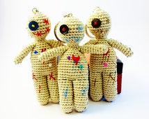 Voodoo doll keychain, Crochet voodoo doll, Mardi gras key chain, Cute amigurumi voodoo doll, Unique gift idea, Crochet zipper charm, Unisex
