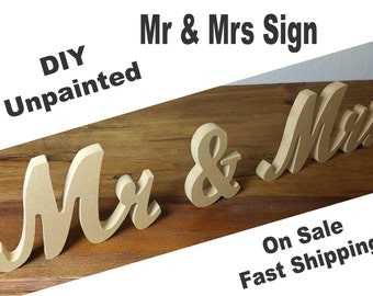 """Mr and Mrs sign 7"""" Mr & Mrs sign"""