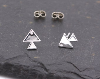 Tropical Fish Stud Earrings in Sterling Silver - Geometric Triangle Design - Cute and Quirky Jewellery z27