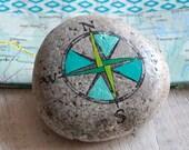 Travel Stone // kompas // cadeau voor reiziger // afscheidscadeau // vriendschapscadeau // talisman // mee op reis // gelukssteen