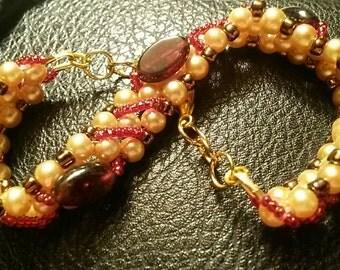 Garnet and Pearl Bracelt