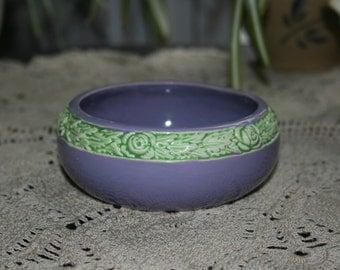 Vintage Czechoslovakia Round Porcelain Low Bowl / Trinket Dish