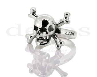 Skull Ring - Skull and Bones - Jolly Roger Ring