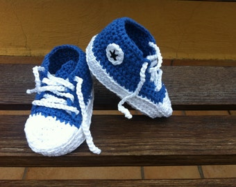 Crochet baby sneakers shoes