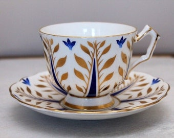 Gorgeous Aynsley Cobalt Blue & Gold Leaves Tea Cup Saucer, Signed, England Bone China