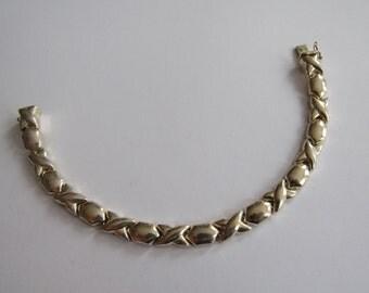 Vintage XO Sterling Puff Bracelet