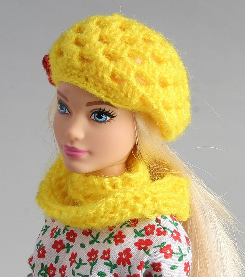 Free Crochet Patterns For Barbie Hats : Barbie crochet hat and knitted scarf