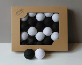 Cotton Balls Black&White 35 items