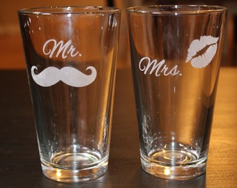 Mr. and Mrs. Pint Cups -Set of 2 -Mustache -Lips