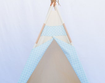 High Quality Natural Teepee, Quatrefoil Teepee