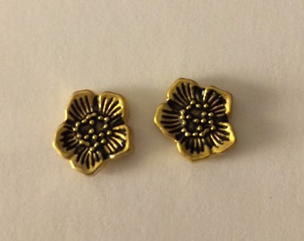 Golden Flower Stud Earrings - O49