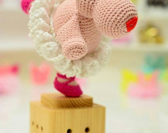 Musicbox Amigurumi Wind Up Music box Hippo Play its Over The Rainbow Gift for Special Day Wooden Music Box Ballerina Disney Fantasia