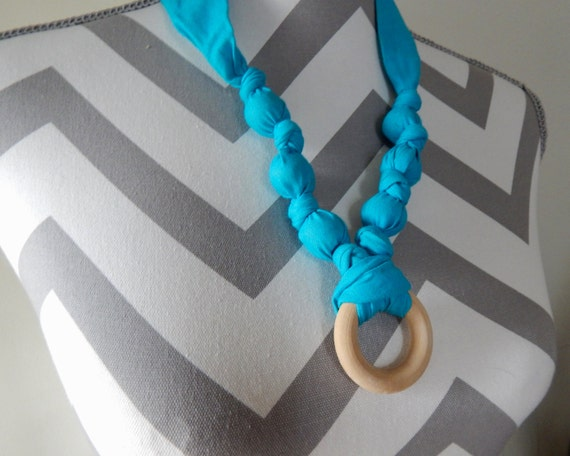 how to make a breastfeeding necklace
