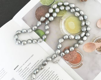 Brand New Lady Genuine Freshwater Pearl Irregular Long Necklace Handmade adjustable