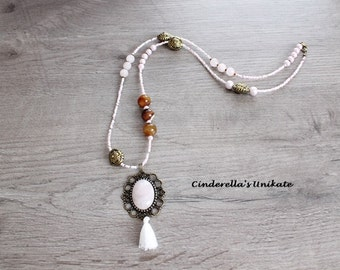 Beautiful necklace with Rose Quartz