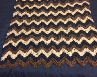 Boy's Crochet Ripple Blue Baby Blanket