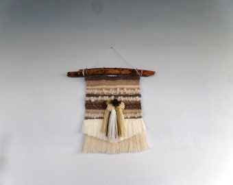 Woven wall hanging 15.1