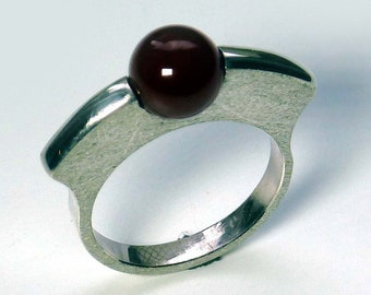 Special ring made of Silver 925 with carnelian