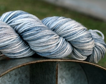Hand dyed worsted weight yarn 100 grams, Indie worsted weight yarn in grey, Gray hand dyed worsted weight yarn