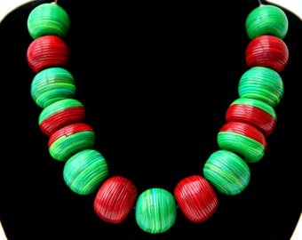 Christmas gift for women Christmas jewelry Red and Green Women's Christmas necklaces String beads Big Modern Contemporary Striped design
