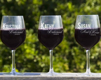 Personalized Bridesmaid Gifts, Wine Glasses, Etched Glass, 4 Bridal Party Favors, Large Wine Glasses, Custom Glasses, Rehearsal Dinner