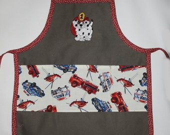 3-7 years kids apron. Personnalised hand made, 911 apron, Police, fire, dalmatian dog or Kiss the cook 3 pockets, Free to add  your name.