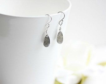Labradorite jewelry  -  Silver Labradorite earrings - Gray Labradorite gemstone briolette earrings in Sterling Silver or Gold filled