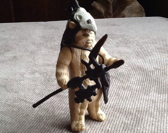 Vintage Original Star Wars Return Of The Jedi Loose Logray Ewok Medicine Man Action Figure Made In Hong Kong From 1983