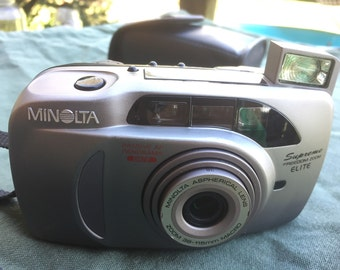 Minolta Supreme Freedom Zoom Elite point and shoot camera