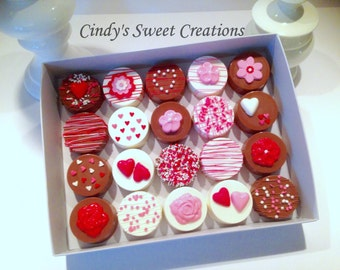 Love and Romance Chocolate-Covered Oreos - Perfect for Valentine's Day