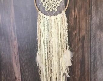 Doily Dreamcatcher : Medium Ivory Lace // Baby shower gift // Boho Decor // Wedding decor // Bridal Shower