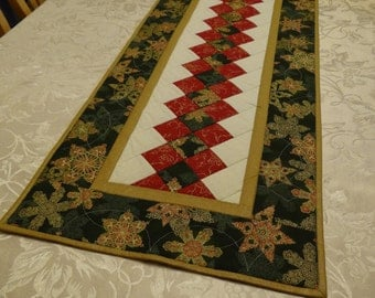 Quilted Green Snowflake Table Runner