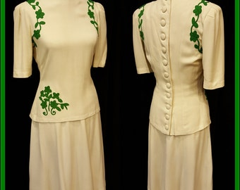 Saint Patricks Day Fantastic 1940's 2 PC Women's Suit ~ Cream & Green ~ Bold Colors with Unique Styling