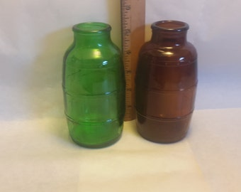matching green and brown bottles  C112