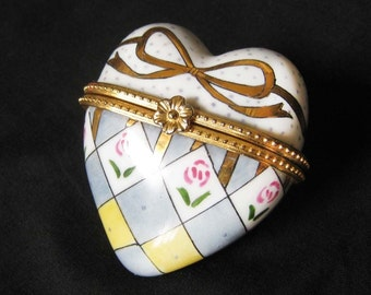 Ceramic Heart Clip-Top Trinket Box with gold leaf bow & rose design