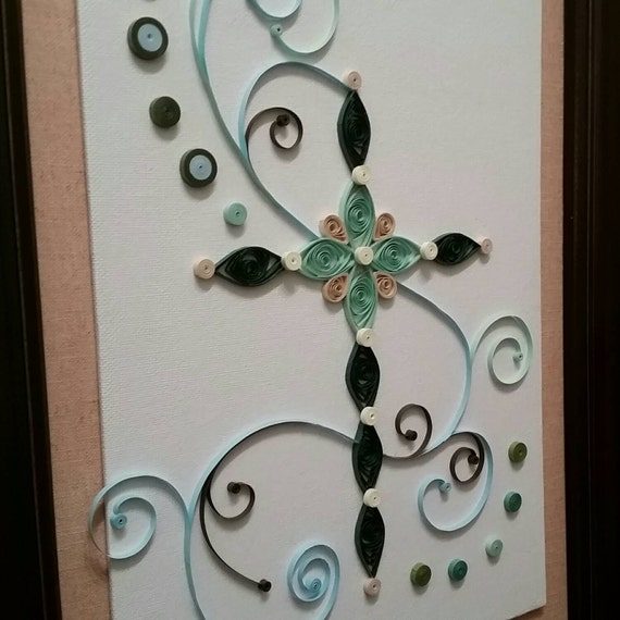 Wall hanging quilled cross on canvas quilling paper art for Quilling home decor