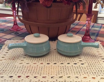 Esmond Covered Bowls with Handles and Lids, Esmond 216 Covered Pots USA